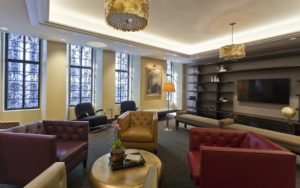 Apartments in Center City with a resident lounge for work-from-home